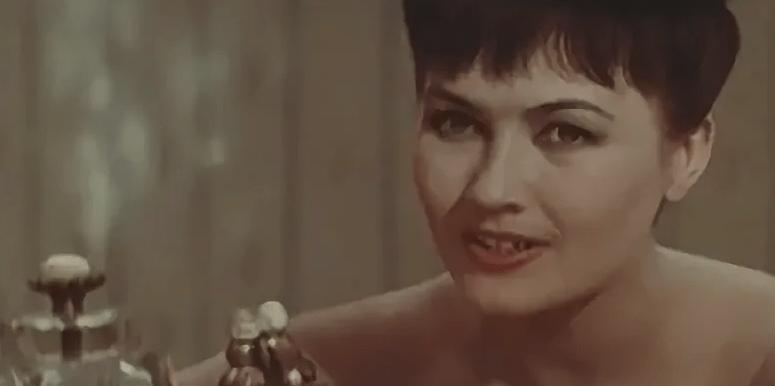 """Портреты в произведении """"Гранатовый браслет""""."""